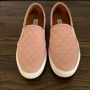 Steve Madden Endell Fabric Sneakers
